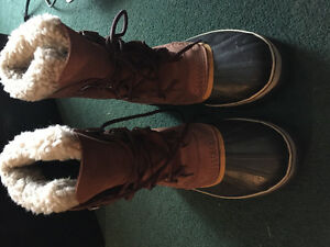 Caribou sorell winter boots