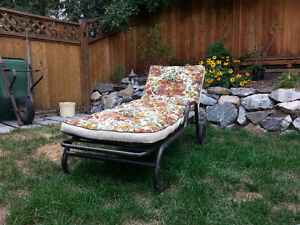 Comfortable lounge chair/bed