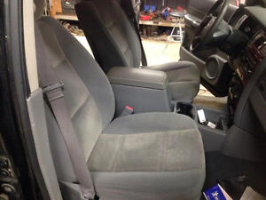Set of Cloth Seats for 04-09 Dodge Durango London Ontario image 7