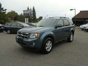 2010 Ford Escape, 3.0L. ** 4WD **