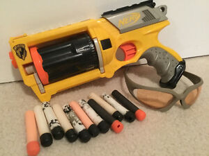 NERF N-STRIKE MAVERICK REV-6 GUN, BULLETS, EYE GLASSES