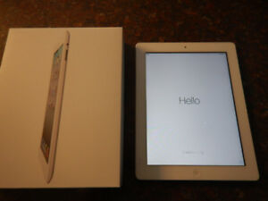 Apple iPad 2 16GB White (Model MC979C/A)