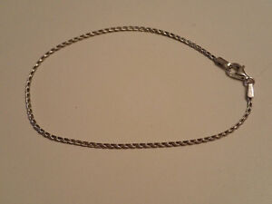 10k White Gold Bracelet London Ontario image 1