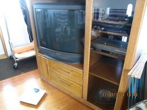 One entertainment unit or tv stand Edmonton Edmonton Area image 3