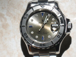 MONTRE TUDOR SUBMARINAIRE FAITE PAR ROLEX 2000$