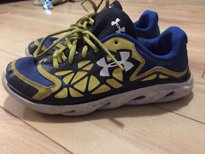 Youth Under Armour sneakers size 5