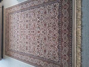Persian carpet area rug beige patterned Like new condition London Ontario image 1