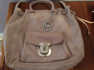 Michael Kors purse London Ontario image 1