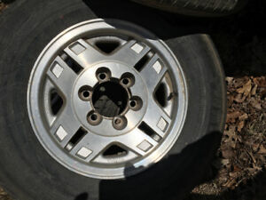"""15"""" and 16"""" Toyota alloy rims"""