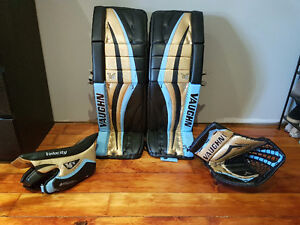 Vaughn V6 2300 PRO Equipment Goalie Pads With Blocker and Glove