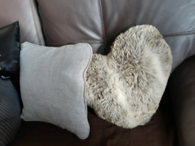 2 cushions in immaculate condition