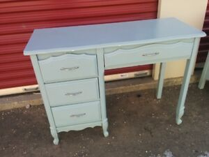 1974 French Provincial Solid Wood 4-Drawer Desk