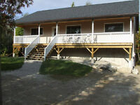 Gorgeous custom built Cottage/House in Miller Lake area