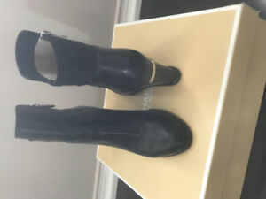 MICHAEL KORS BROMLEY WEDGE LEATHER BOOTIE SZ 7.5
