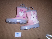 ☺Girl Boots  size:10 ☺10 $  New , never worn , with tags  ***PLE