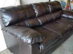 Leather couch - Really comfy!!