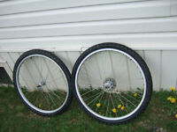 GOOD 26'' BIKE RIM AND TIRES $15 for the pair