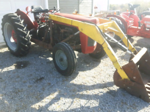 Ferguson TO35 Tractor with loader
