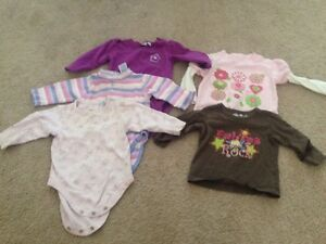Lot of 19 girl's clothes size 6-9 months, Fall/Winter Kitchener / Waterloo Kitchener Area image 2