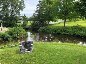 Superbe terrain de camping à louer pour l'été à Beaumont!