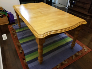 Dining table for sale $100