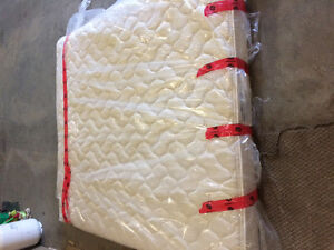 RV King size bed. 72x80