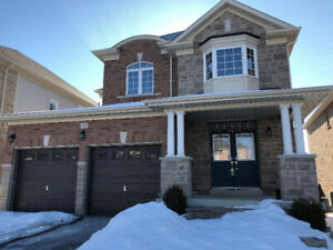 3 Bedroom Lovely Courtice Home Double Car Garage