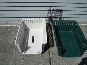 Remington Pet Kennel with handle