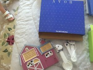 Avon Collectible Cow Measuring Set