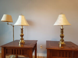 2 beautiful lamps