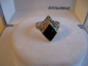 "TINY OLD VINTAGE UNUSUAL-SHAPED SILVERTONE ONYX ""PINKIE"" RING"