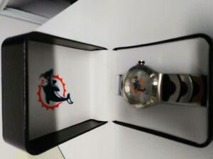 MIAMI DOLPHINS NFL GAME TIME WATCH BRAND NEW IN BOX