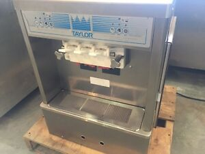 RESTAURANT BANKRUPTCY SALE!! LOTS OF GREAT EQUIPMENT!!