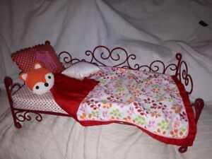 American Girl/Journey Girl Doll Bed