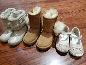 Girls boots / shoe size 8