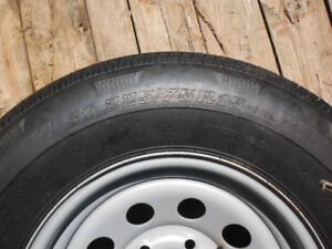 New 225 75 R 15 trailer tire and rim