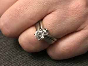 Diamond Solitaire Engagement Ring and Wedding Band