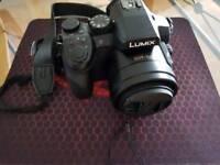 LUMIX FZ300 4K 24X F2.8 Long Zoom Digital Camera + SD Card 32GB + BAG + Tripod Manfrotto