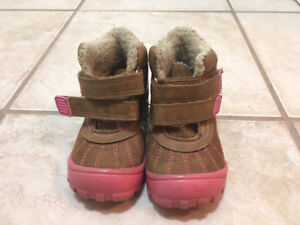 Winter girl's shoes very cute – 2T