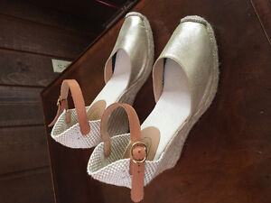 Brown's Couture Wedge - Summer Shoes