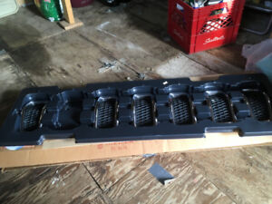 Jeep Cherokee front grill pieces