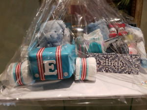 Baby basket & diaper cakes WOW gifts & fun memorie