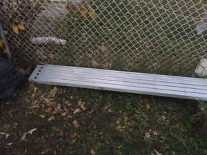 10'extentable to 16' alum drywall plank $150 obo