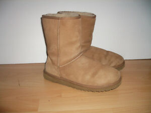 """"" UGG"""" mouton / shearling boots ----- size 11 US lady"