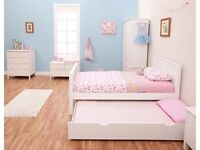 stompa classic brand new in box kids white single bed & trundle