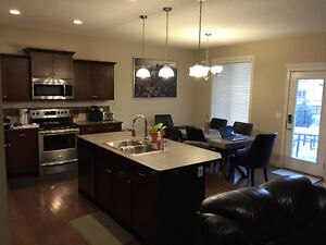 Wanted: Laid-back Room-mate 21-31!! (MAID&OWN BATHROOM INCLUDED)