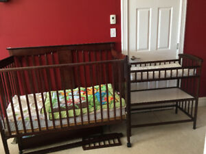 3-in-1 Crib and Matching Change Table with Roll-Out Drawer