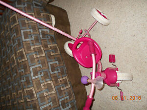 Almost New Candy Hearts Push Tricycle for Toddlers Sarnia Sarnia Area image 2