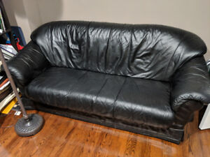 SOFA SALE: Black leather sofa couch set CHEAP