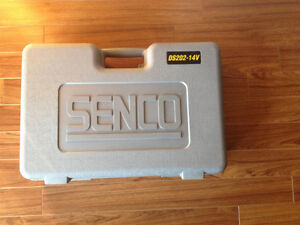 Senco Duraspin DS202-14.4V Auto-feed Collated Drywall Screwdrive Windsor Region Ontario image 1